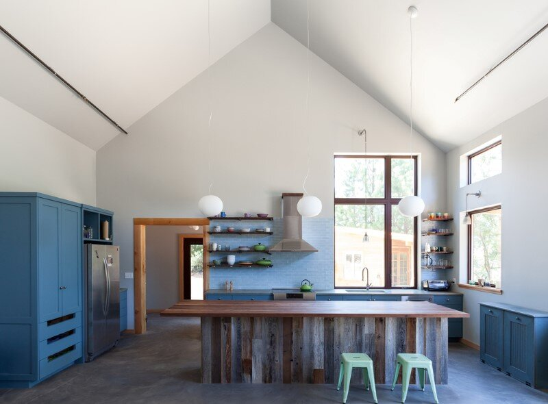 "CASK House - celebrates the ""imperfect"" qualities of handmade structures (6)"