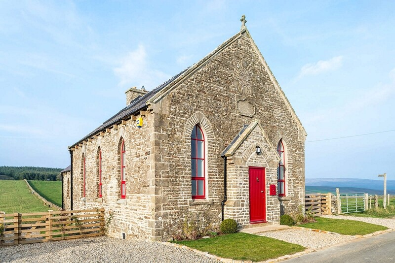 Chapel on the Hill Boutique conversion of a Methodist Chapel (2)