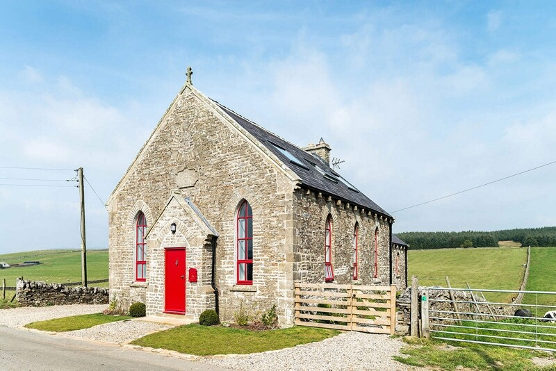Chapel on the Hill Boutique conversion of a Methodist Chapel (3)