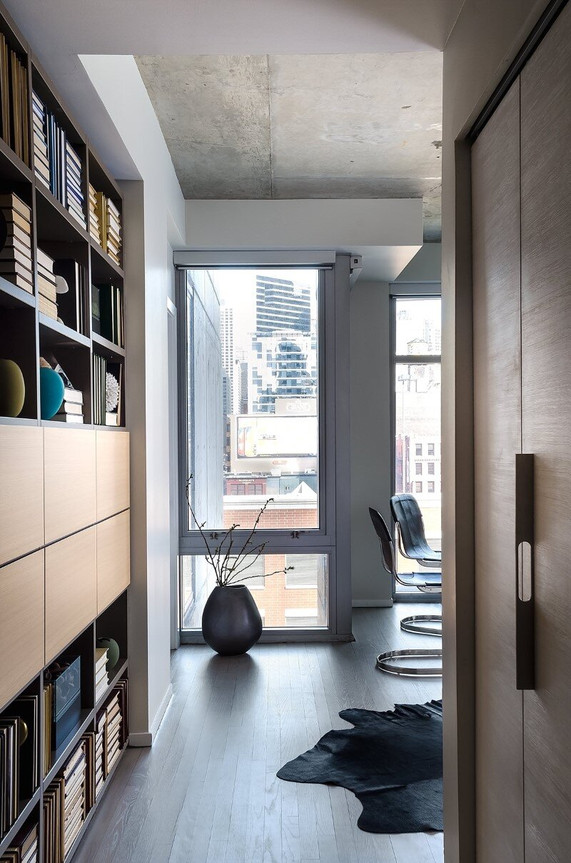 Captivating Concrete Jungle Apartment In River North Chicago By Project Interiors (2)