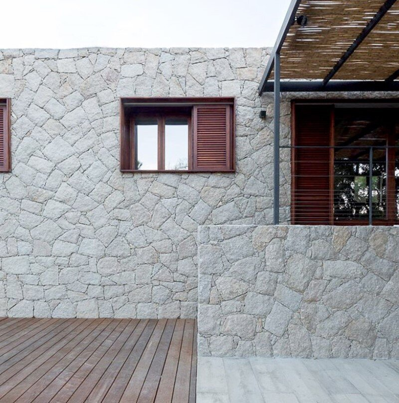 Contemporary Vernacular a holiday house in the South-East of Corsica (14)