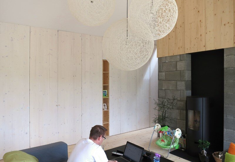 DomT Wood House in Stara Lubovna inspired by the architecture of wooden barns (7) (Custom)
