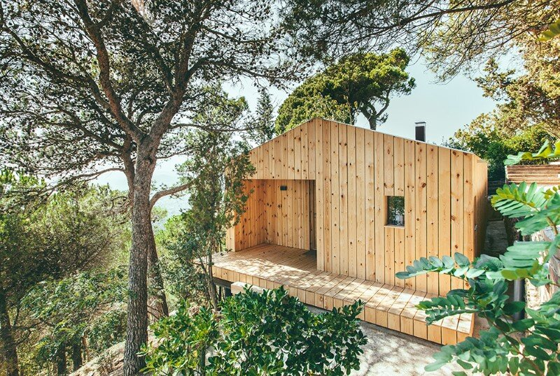 Efficient, prefab, sustainable and passive - Wood Studio House (1)