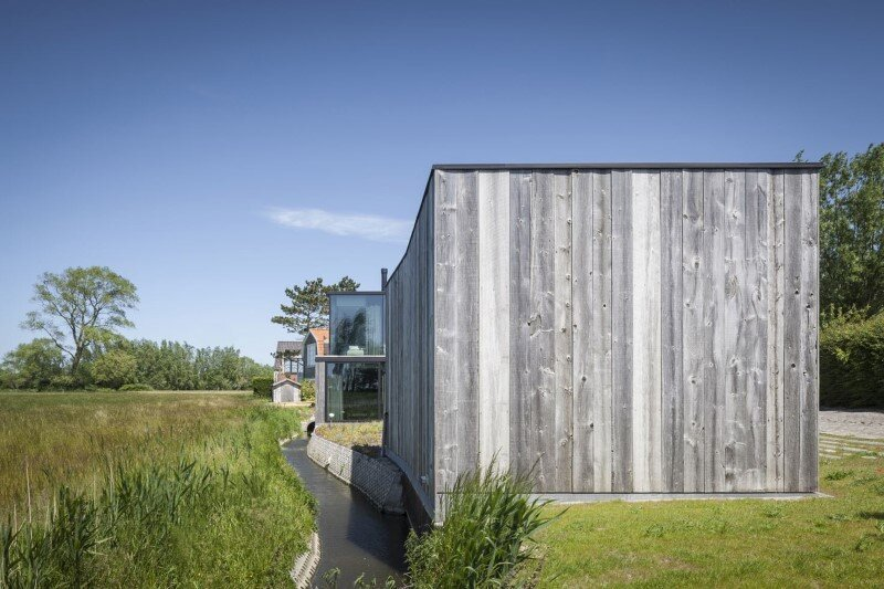 Graaf Jansdijk House by Govaert & Vanhoutte Architects (21)