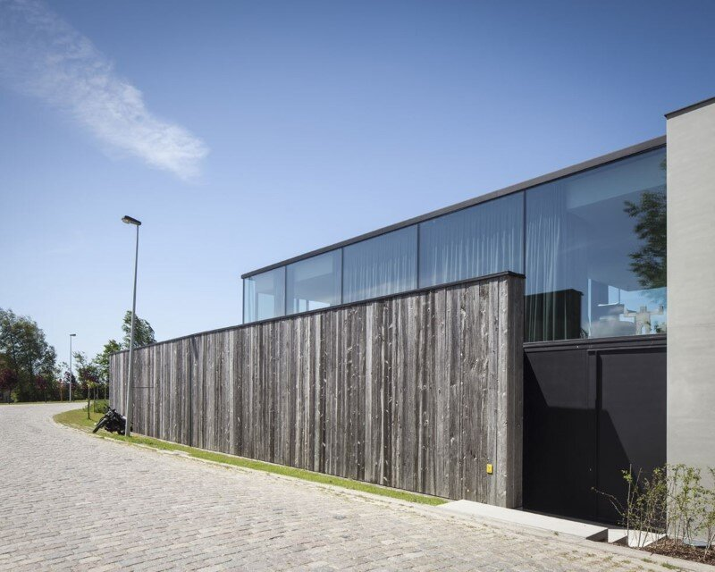 Graaf Jansdijk House by Govaert & Vanhoutte Architects (3)