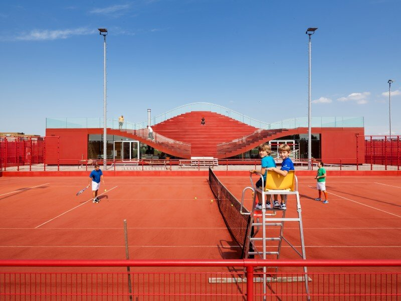 Iconic club house architecture for IJburg Tennis Club Amsterdam (5)