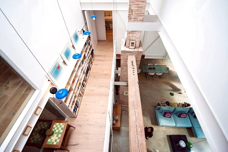 Last Old dairy farm in Barcelona converted in one single house (12)