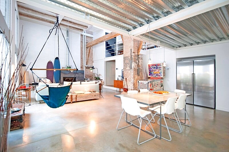 Last Old dairy farm in Barcelona converted in one single house (3)