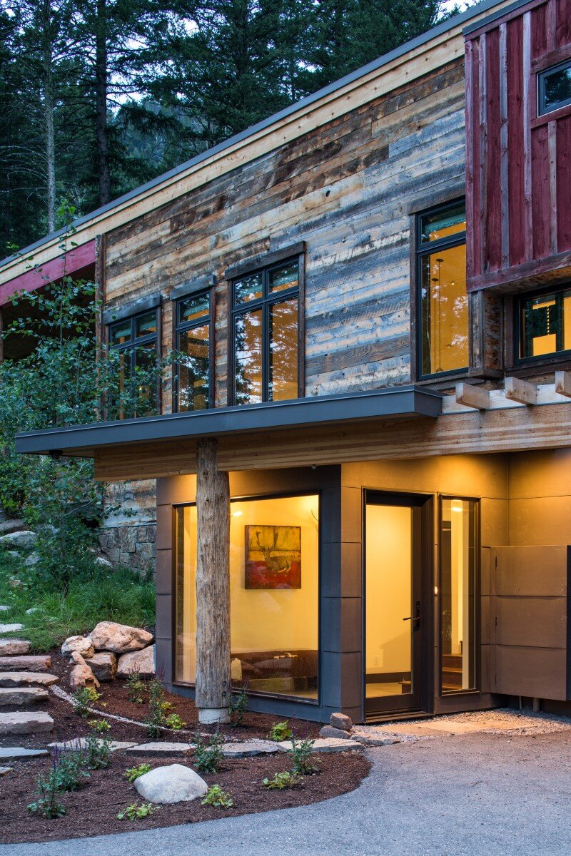 Contemporary farmhouse in the woods Old Pass Road, Wilson, Wyoming (2)
