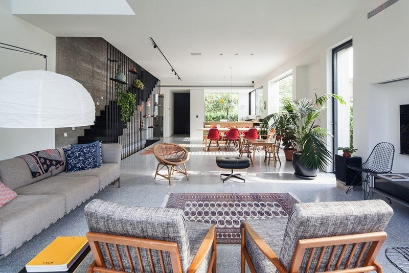 Contemporary townhouse in Tel Aviv: Mendelkern Residence by David Lebenthal