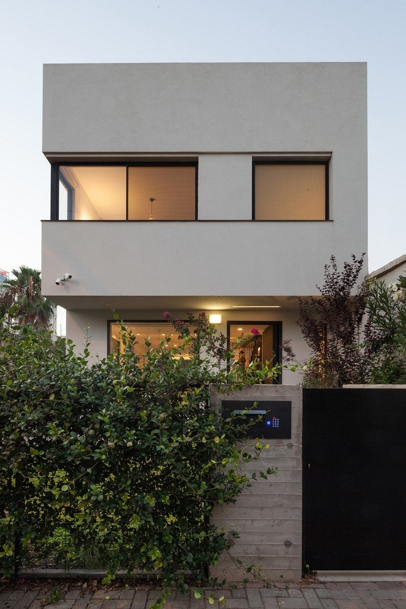Modern townhouse in Tel Aviv Mendelkern Residence by David Lebenthal (20)