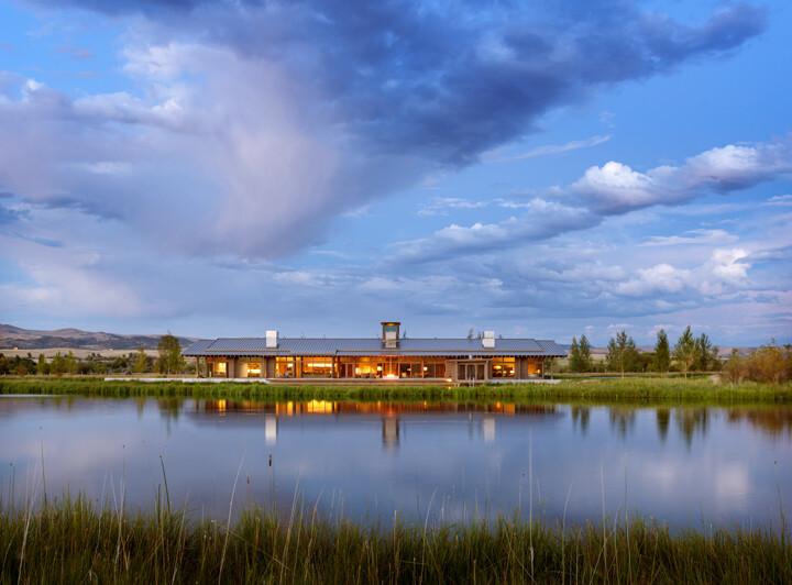 Montana Ranch House by Suyama Peterson Deguchi (14)