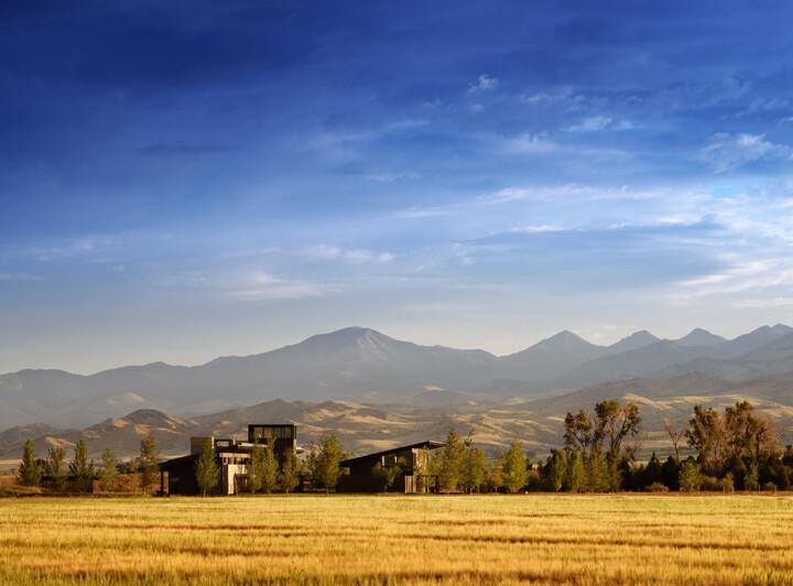 Montana Ranch House by Suyama Peterson Deguchi (2)