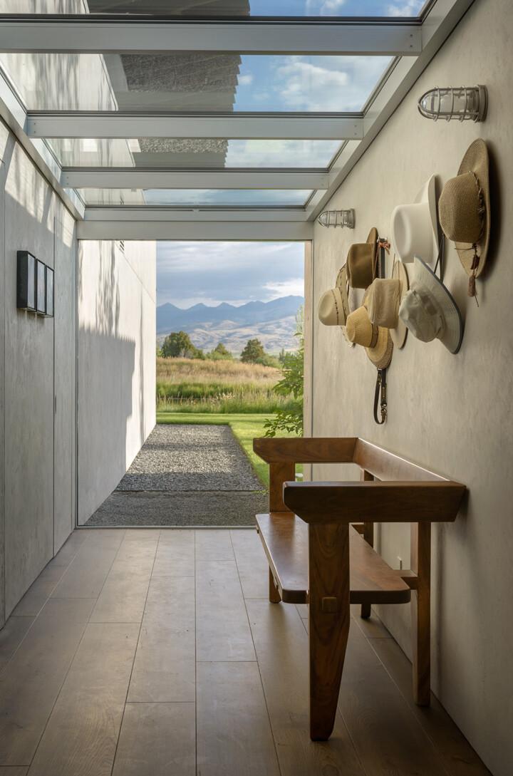 Montana Ranch House by Suyama Peterson Deguchi (9)