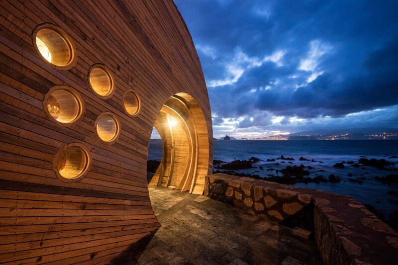 Organic Architecture that Look like a Giant Sculpture Cella Bar (8)