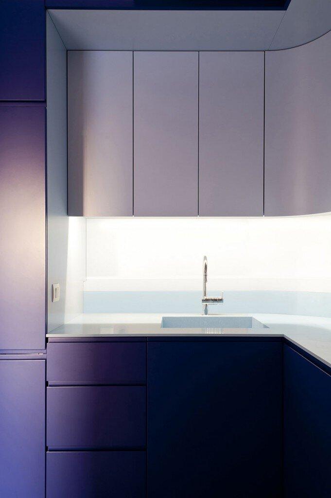 Paris apartment modernized by Julien Joly Architecture (9)