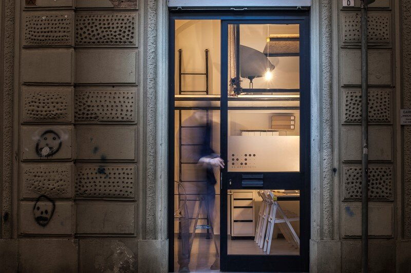 R3architetti Have Transformed a Small Atelier of 14 sqm in Their Own Creating Space (12)