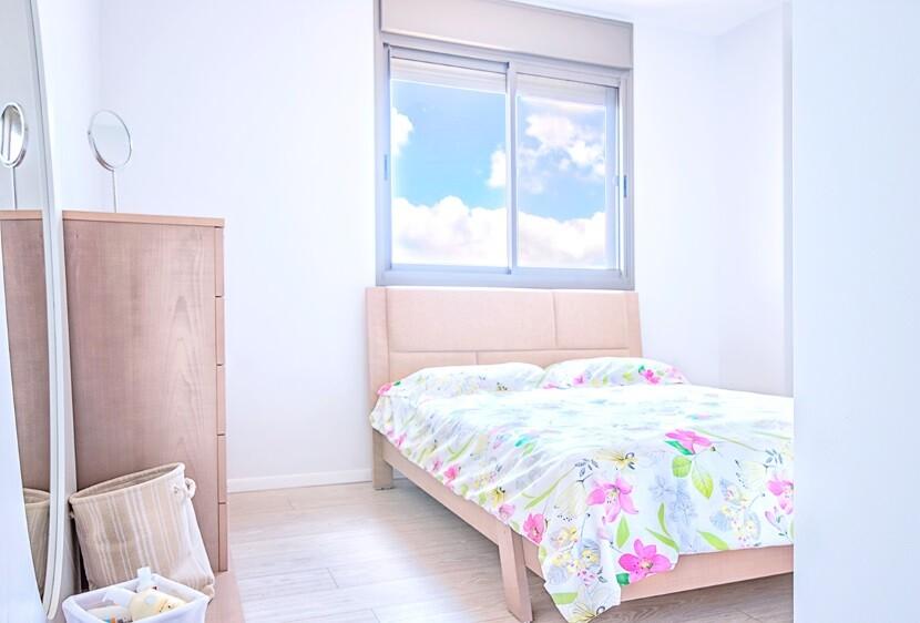 Refurbished Apartment Haifa by Israeli designer Irena Elbaz (11)