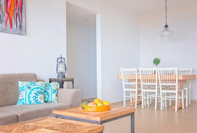 Refurbished Apartment in Haifa by Israeli designer Irena Elbaz (4)