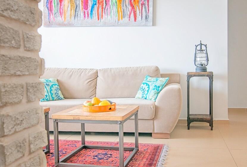 Renovated Apartment in Haifa by Israeli designer Irena Elbaz (2)