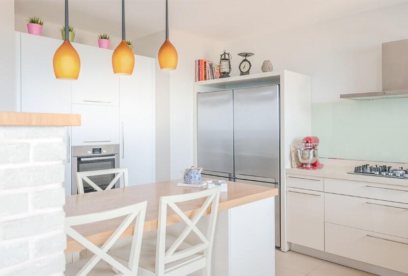 Renovated Apartment Haifa by Israeli designer Irena Elbaz (9)