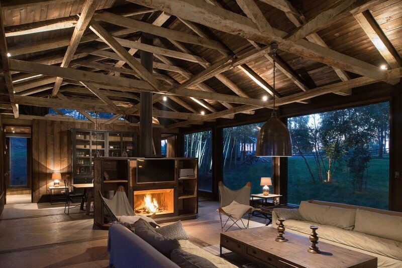 Shed house at Lake Ranco - recycled and converted old barn materials in summer cottage (5)
