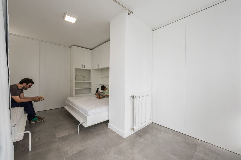 Sliding wall partitions for a adaptable home la casa de - Tabiques moviles para viviendas ...