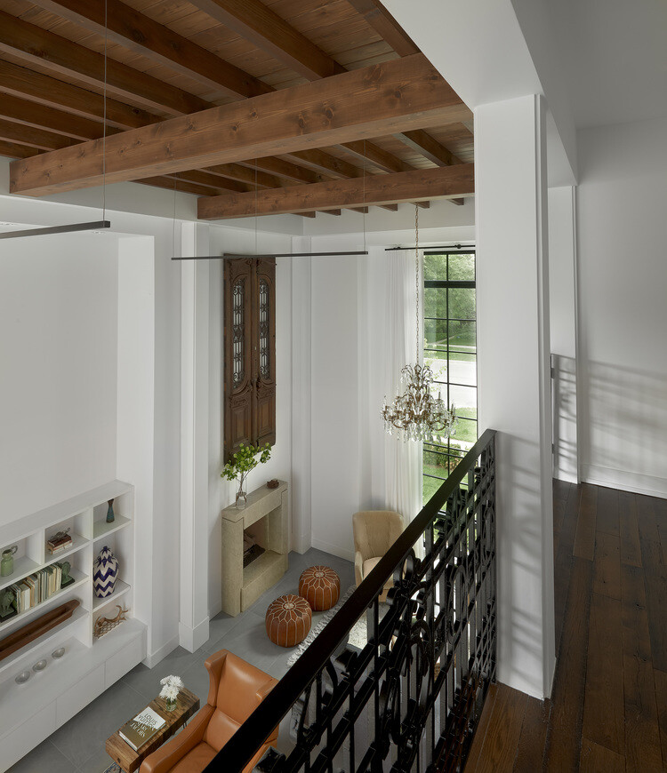 Stately house with traditional architectural forms and modern interiors (15)