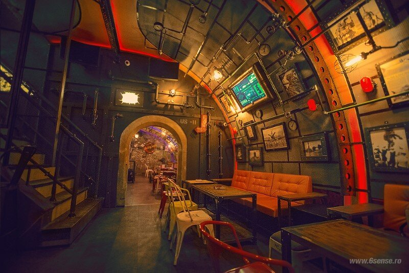 Submarine Pub Designed in Industrial Style with Steampunk Features (10)