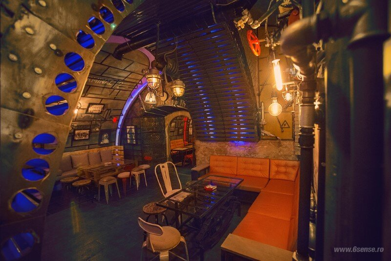 Submarine Pub Designed in Industrial Style with Steampunk Features (5)