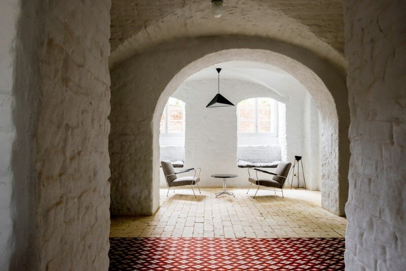 Summer Apartment Near Berlin with Vintage Polish, Czech and Danish furniture - Loft Szczecin Studio (9)