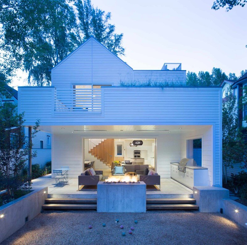 Sustainable design and modern interpretation of the historic miner home Game On House (11)