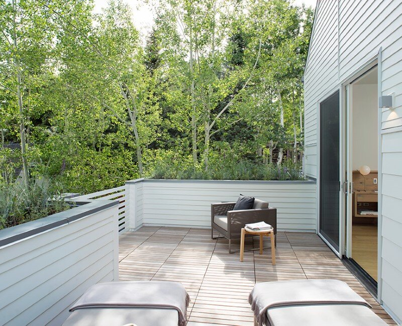 Sustainable design and modern interpretation of the historic miner home Game On House (8)