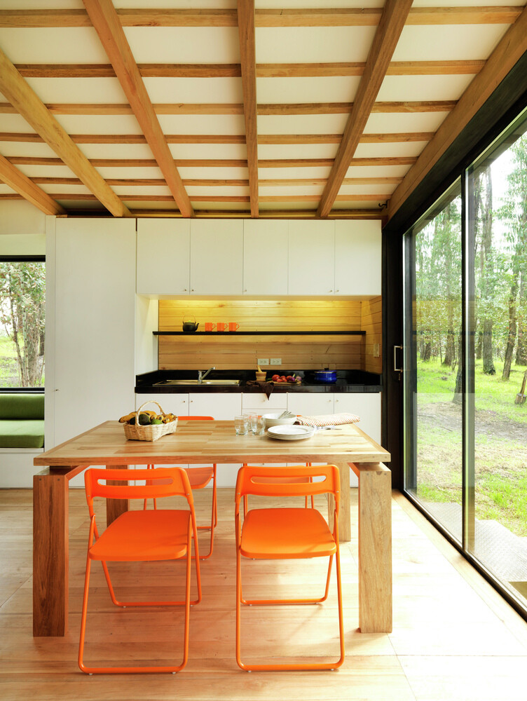 Sustainable housing prototype - House with low footprint and high energy efficiency (11)