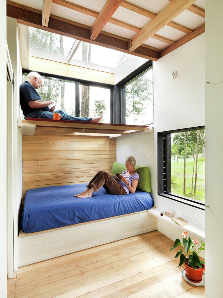 Sustainable housing prototype - House with low footprint and high energy efficiency (19)