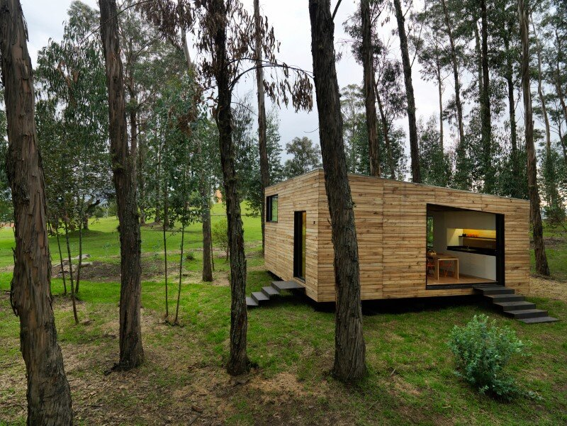 Sustainable housing prototype - House with low footprint and high energy efficiency (4)