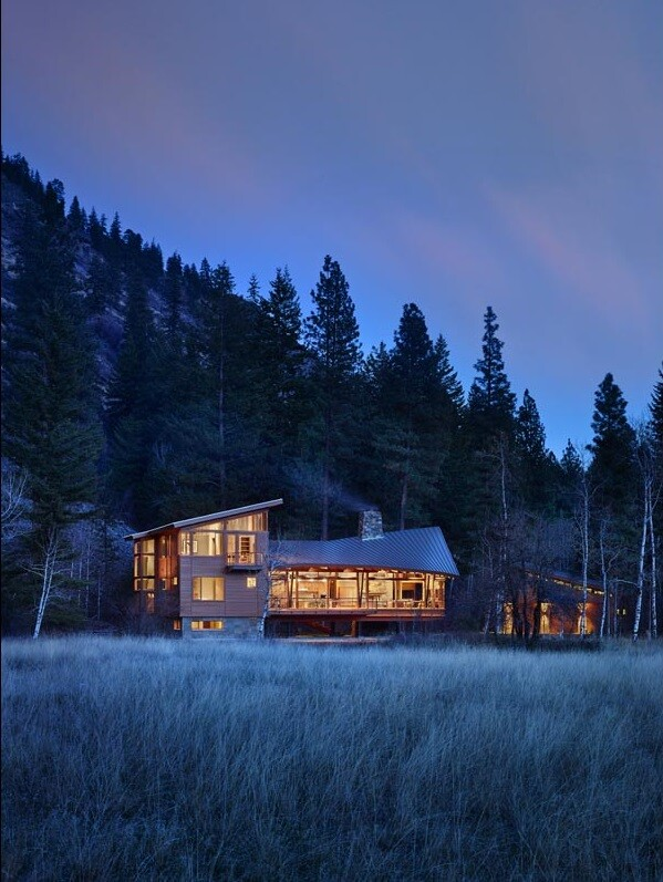 Sustainable mountain house in the Methow Valley of Washington State 14
