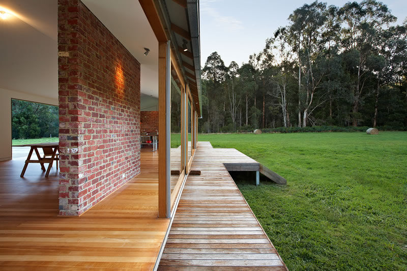 Tonimbuk House - Australian Woolshed Inspired Home - Bunyip State Park (3)