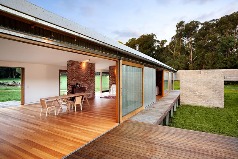 Tonimbuk House Australian Woolshed Inspired Home