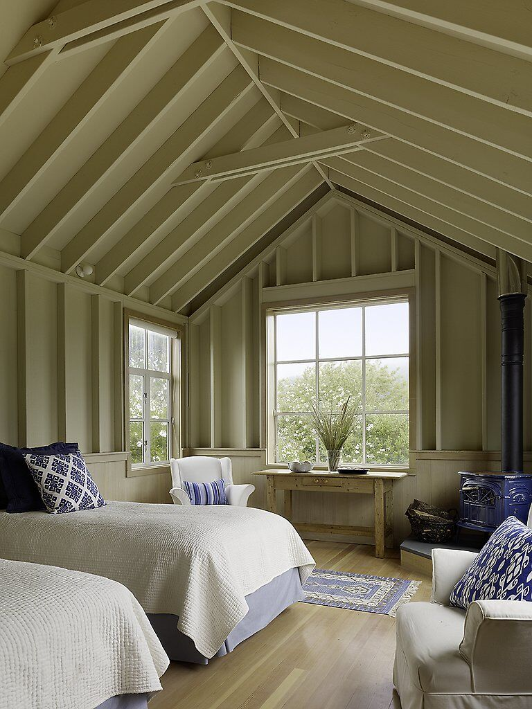 Traditional beach house in Northern California Stinson Beach House (11)