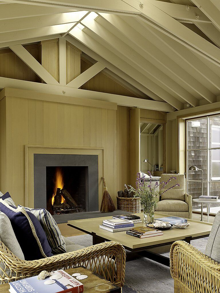 Traditional beach house in Northern California Stinson Beach House (4)