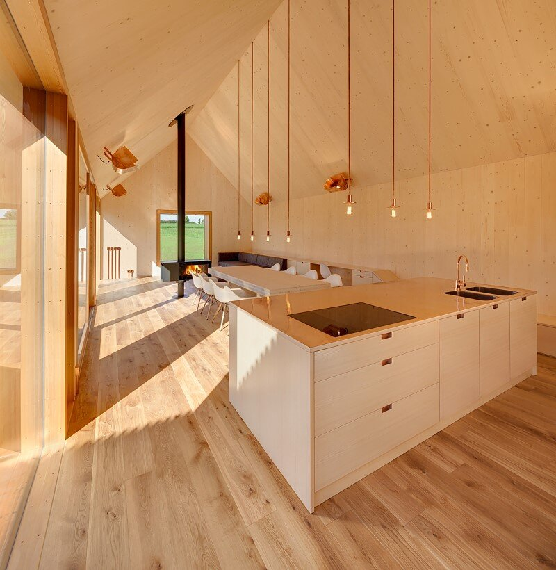 Wohnhaus aus Holz wooden-frame house heated by a geothermal heat pump (10)