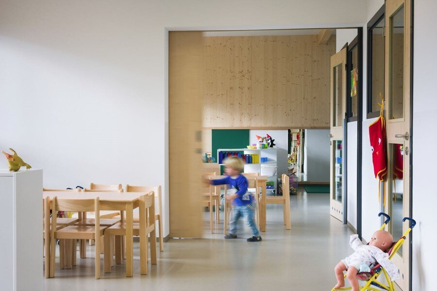 Šmartno Timeshare Kindergarten - Spaces Combined into one Learning Landscape (14)