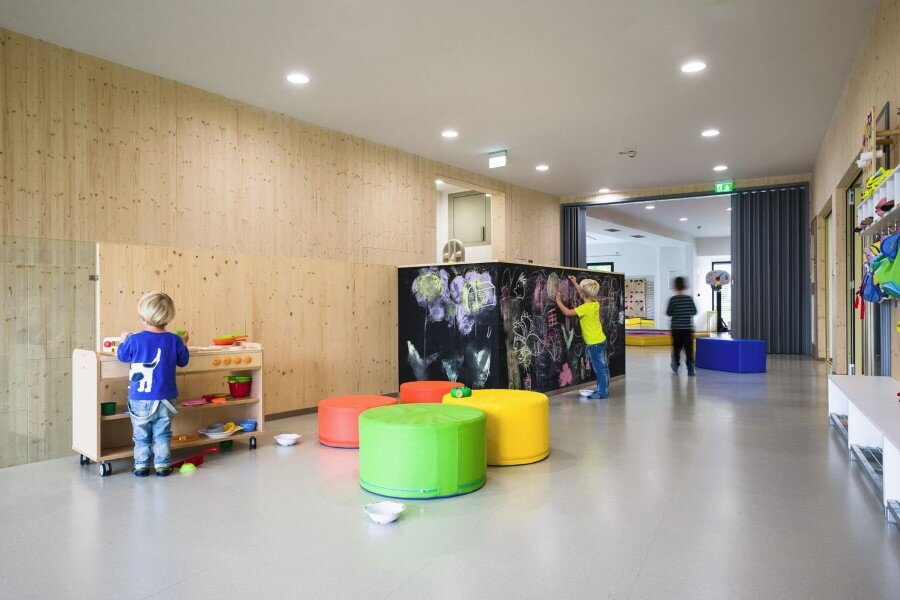 Šmartno Timeshare Kindergarten - Spaces Combined into one Learning Landscape (18)