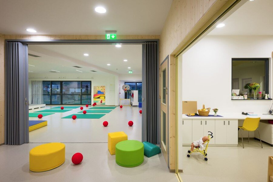 Šmartno Timeshare Kindergarten - Spaces Combined into one Learning Landscape (2)