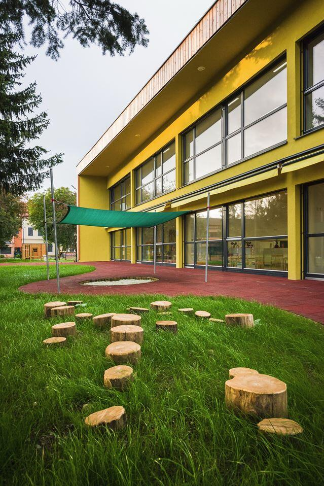 Šmartno Timeshare Kindergarten - Spaces Combined into one Learning Landscape (28)