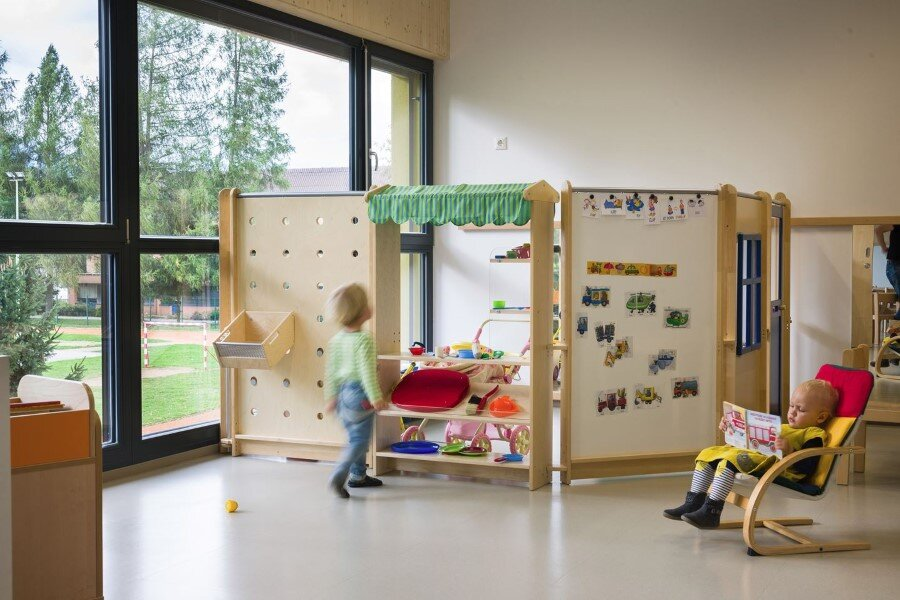 Šmartno Timeshare Kindergarten - Spaces Combined into one Learning Landscape (6)