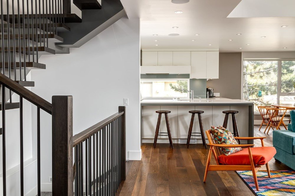 Beautiful Two -Storey Home for a Family of Five, Calgary (11)
