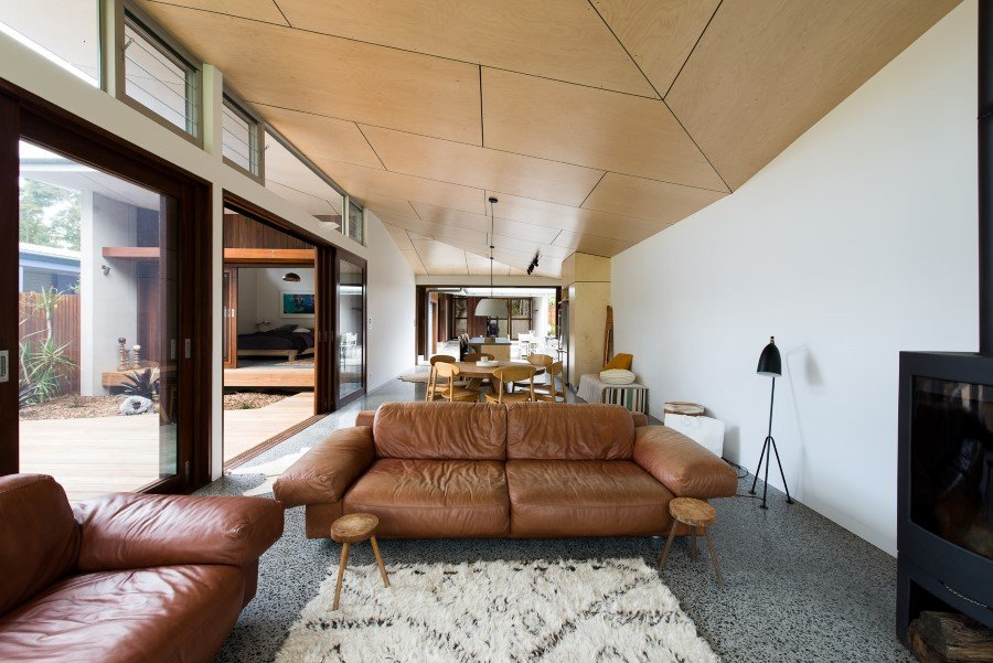 Blueys Beach Vacation House in New South Wales, Australia (13)