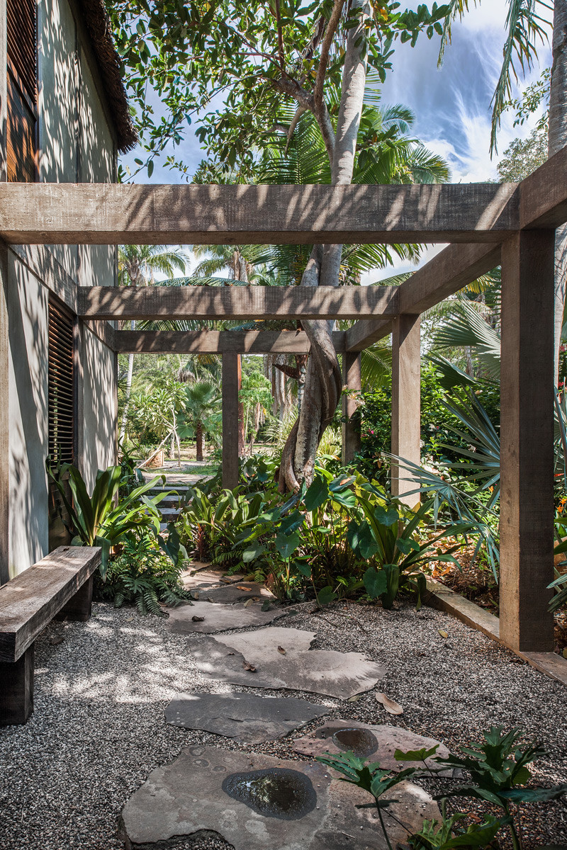 Chacala retreat house surrounded by jungle on the sunny Mexican coast (10)